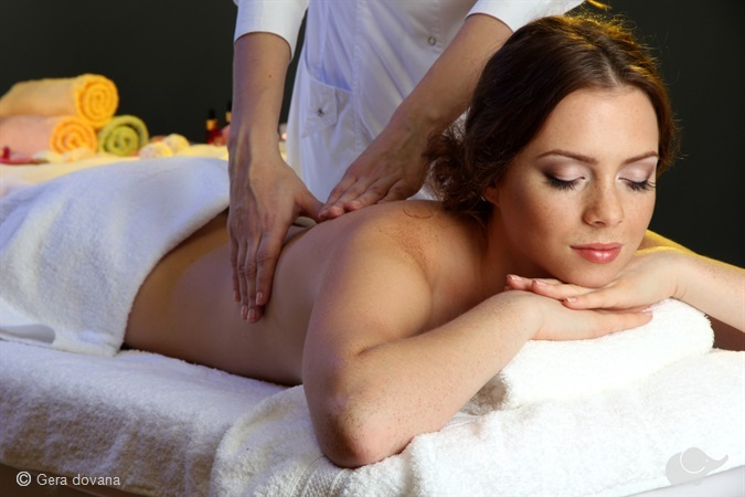 Havajietiškas viso kūno masažas LOMI-LOMI