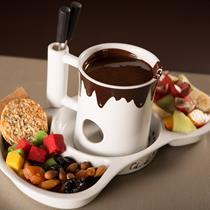 Dovana smaližiams: šokolado fondiu + kava