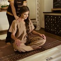 Tajų nugaros masažas arba masažų kursas