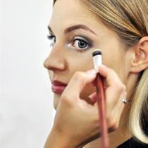 Individuali makiažo pamoka su kosmetika UOGA UOGA