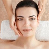 Ajurvedinis veido ir dekoltė masažas KERALA