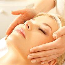 Jauninamoji procedūra veido ir rankų odai