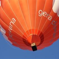 Skrydis šeimai oro balionu