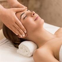 Galvos, kaklo, pečių ir nugaros masažas