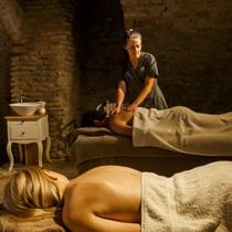 Viso kūno masažas dviem Vilniuje