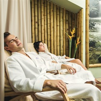 Perlinė vonia ir klasikinis masažas dviem