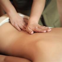 HAKIM – holistinis nugaros masažas