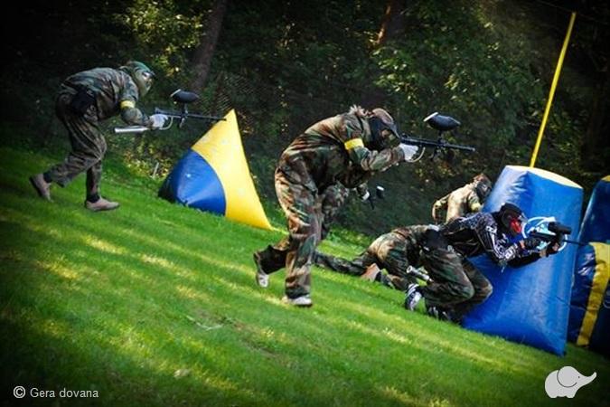 Dažasvydžio arba šratasvydžio žaidimas Vilniuje arba Šiauliuose