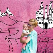 CARITAS: dovanok prieglobstį mamai su vaiku