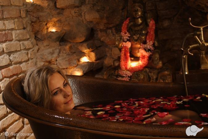 Karališkasis SPA ROŽIŲ ritualas kūnui