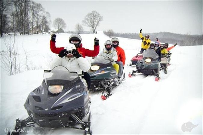 Sniego motociklų safaris (40 km)