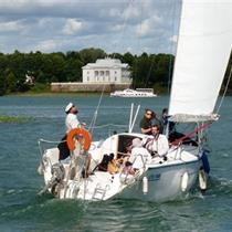 Plaukimas jachta Trakuose