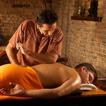 Nugaros masažas su ajerais