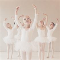 Baleto pamoka vaikui grupėje
