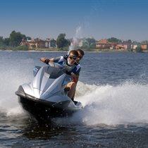 Ekstremalus praplukdymas vandens motociklu