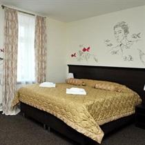 """Romantiška nakvynė viešbutyje """"Bohema"""""""