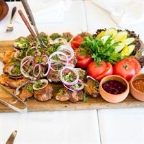 Dviejų patiekalų vakarienė restorane ARGO