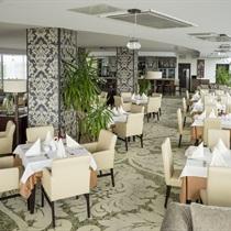 Vakarienė panoraminiame restorane