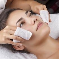 Ultragarsinis veido valymas ir kaukė