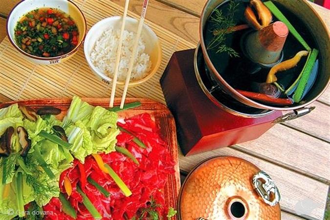 """""""Shabu-Shabu"""" jautienos gaminimo ritualas"""